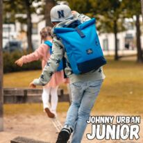 """""""AARON JUNIOR"""" újrahasznosított rolltop hátizsák, kék, Johnny Urban ÉRTÉKCSÖKKENTETT"""